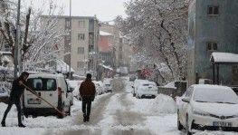 Muş'ta 174 köy yolu ulaşıma kapandı