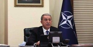Bakan Akar: NATO Toplantısında terörle mücadelede birlik içinde hareket etmenin öneminin altını çizdik