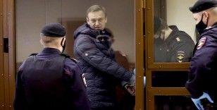AB, Rusya'nın AİHM'in Navalnıy hakkındaki talebini yerine getirmesini istedi