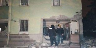 Başkent'te bir sitede doğalgaz patlaması: 2 yaralı