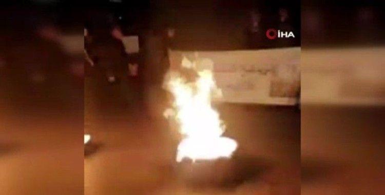 Lübnan'da Beyrut patlamasında yakınlarını kaybeden ailelerden protesto