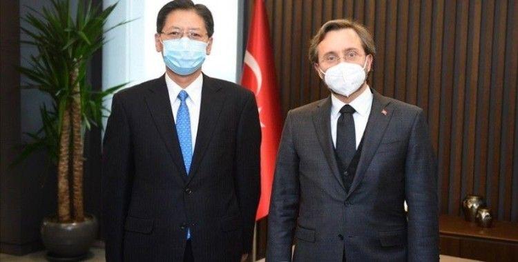 Cumhurbaşkanlığı İletişim Başkanı Altun, Çin Halk Cumhuriyeti Ankara Büyükelçisi Shaobin ile görüştü
