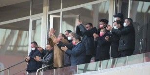 Sivasspor'u yönetim ayakta alkışladı!