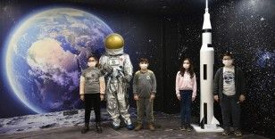 Miniklerden Türk uzay yolcularına isim önerisi