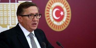 İYİ Parti Grup Başkanvekili Türkkan: Siyaseten eleştirmek adına bir kadının namusuna dil uzatmak kabul edilemez