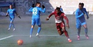 Hatayspor Teknik Direktörü Ömer Erdoğan golcü Boupendza'nın performansından memnun
