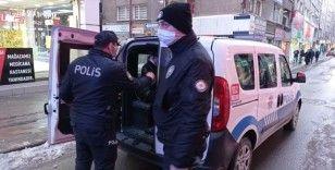 Evde kumar oynayan şahıslara 37 bin 273 lira ceza kesildi