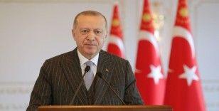 """""""CHP hakiki bir siyasi parti olmaktan çıkıp heyula haline dönüşmüş amorf bir yapıdır"""""""