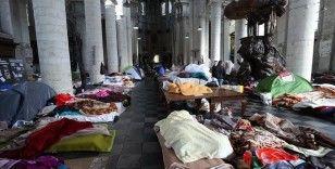 Belçika'nın 'kağıtsız' göçmenleri resmi oturum belgelerini istiyor