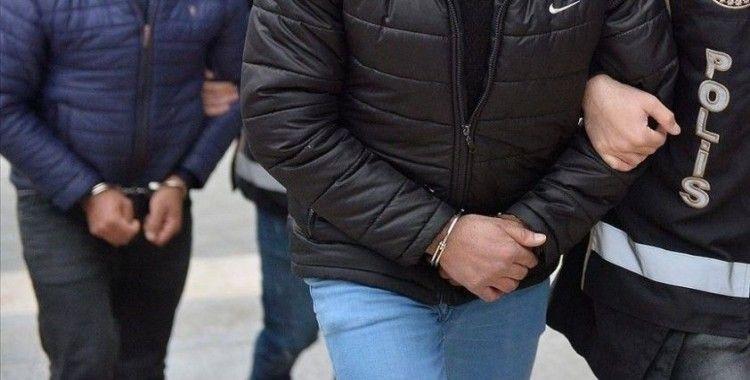 Adana'da aralarında şehit kabirlerinin de bulunduğu 79 mezarın tahrip edilmesi soruşturmasında 5 gözaltı