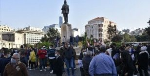 Ekonomik ve siyasi krizin pençesindeki Lübnan'da Kovid-19 döneminde aile içi şiddet arttı