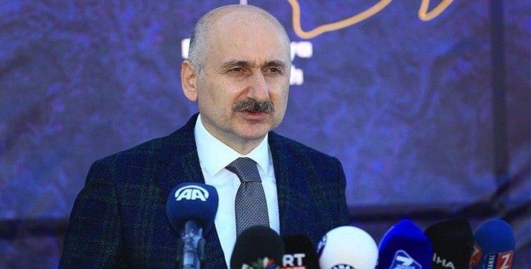 Bakan Karaismailoğlu: İstanbul'a iki raylı sistem hattı daha kazandırıyoruz