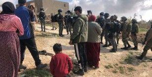 İsrail güçleri Filistinlilere ait 3 evi yıktı