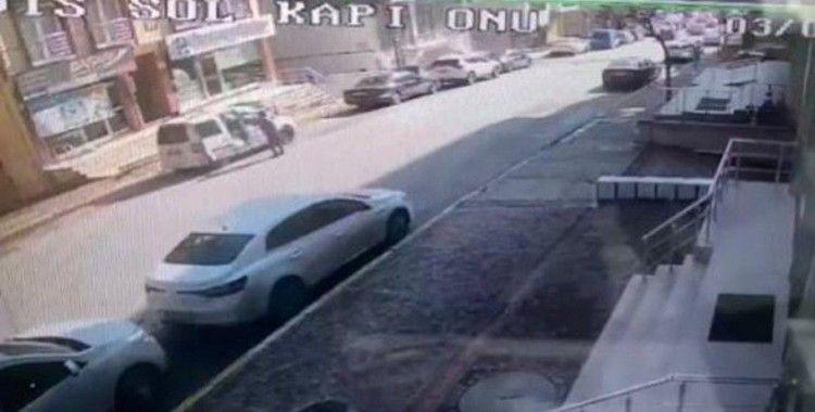Ümraniye'de sokakta silahlı dehşet kamerada