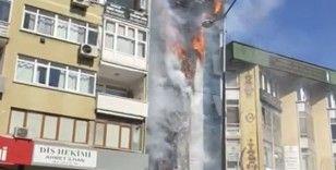 Kartal'da dershanede yangın çıktı