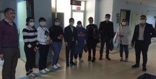 Diyarbakır'da kadın doğum hastanesi çalışanlarına ziyaret