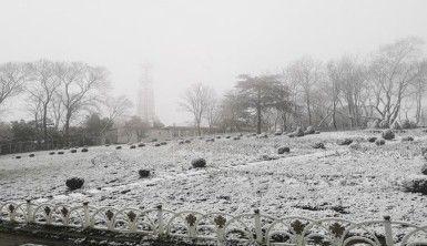 İstanbullular güne kar manzarasıyla uyandı