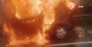 Seyir halindeki otomobil TEM Otoyolunda alev topuna döndü