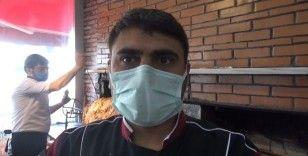 Kars'ta boğazına et kaçan çocuğu işyeri sahibi kurtardı