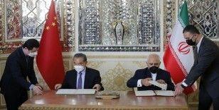 İran ve Çin, 25 yıllık iş birliği anlaşması imzaladı