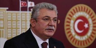 AK Parti'li Akbaşoğlu'ndan TBMM Başkanvekili Akar'ın kanun teklifi görüşmelerindeki tutumuna tepki