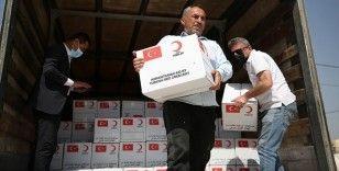 Türk Kızılay, Duhok'taki Şeyhan Mülteci Kampı'nda kalan Ezidilere 500 gıda kolisi dağıttı