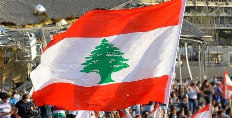 Lübnan'da hükümet Esed rejiminin ülke kara sularını ihlali karşısında sessiz kalmakla eleştiriliyor
