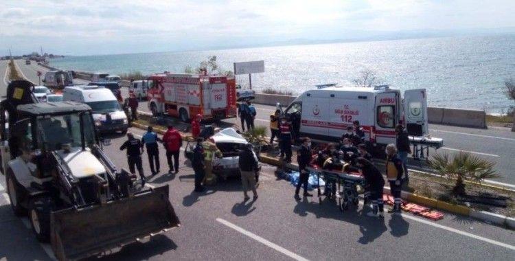 Edremit'te zincirleme kaza: 1 ölü, 3 yaralı