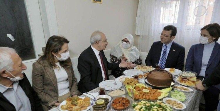 İmamoğlu'na 'Sana kete yaparım ama oy vermem' diyen Mahruze Keleş'i, Kılıçdaroğlu ve Kaftancıoğlu da ziyaret etti