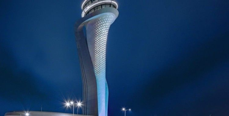 İstanbul Havalimanı'nın ödüllü kulesinin ışıkları otizm farkındalığı için maviye döndü