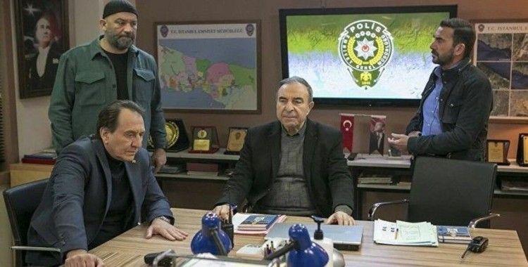 Arka Sokaklar'da avukatla polisin karşı karşıya geldiği sahne tepki çekti: 61 barodan RTÜK'e şikayet