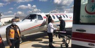 Batman'da uçak ambulans Reyhan bebek için havalandı