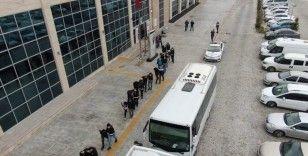 Uşak'ta uyuşturucu satıcılarına ağır darbe; 19 gözaltı