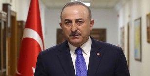 Bakan Çavuşoğlu: Darbeyi çağrıştıracak üslubu kolayca görebiliyoruz bu bildiride
