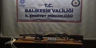 Balıkesir'de polisten uyuşturucu ve asayiş uygulaması