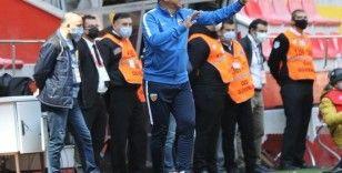 """Hamza Hamzaoğlu: """"1 puan bizim için çok çok kıymetli"""""""