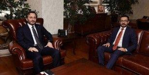 Cumhurbaşkanlığı İletişim Başkanı Altun'dan, AA'nın yeni Genel Müdürü Karagöz'e 'hayırlı olsun' ziyareti