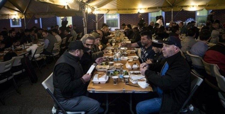 ABD'li Müslüman yardım kuruluşu Zekat Vakfı ramazanda 100 bin öğün yemek dağıtacak