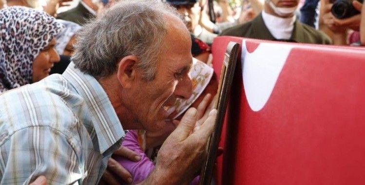 Şehit babası: 'Duydum ki oğlumun kanı yerde kalmamış, biz bunların üstesinden geliriz'