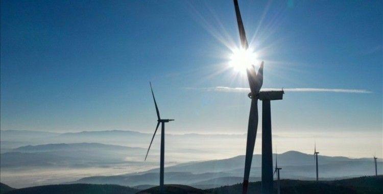 Türkiye yenilenebilir enerji kapasitesinde dünyada 12. sıraya yükseldi