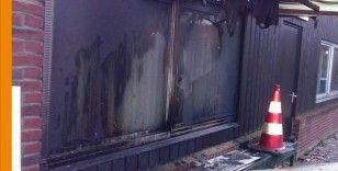 Fransa'nın Nantes kentinde bir cami kundaklandı