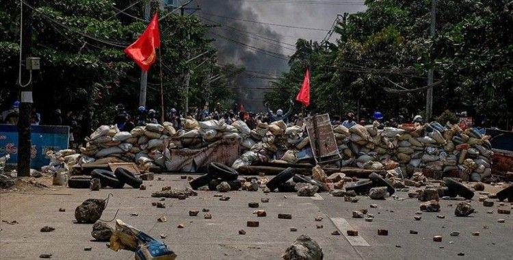 Myanmar ordusu darbe karşıtı protestolarda yaşanan çocuk ölümlerinin sorumluluğunu reddetti