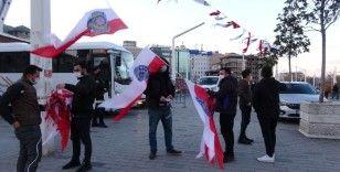 Taksim Meydanı Polis Haftası'nın 176. kuruluş yıldönümü için ay-yıldız ile süslendi