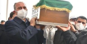 Adalet Bakanı Gül'ün annesi Saliha Gül, Gaziantep'te son yolculuğuna uğurlandı