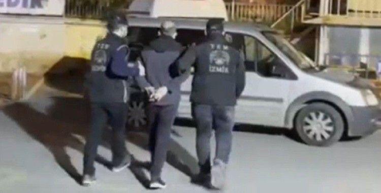 İzmir merkezli FETÖ operayonunda gözaltı sayısı 65'e yükseldi