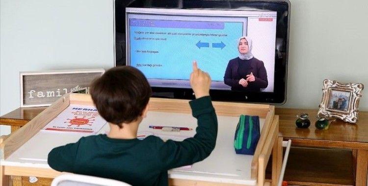 MEB'den '15 Nisan'dan itibaren uzaktan eğitime geçilecek' açıklaması
