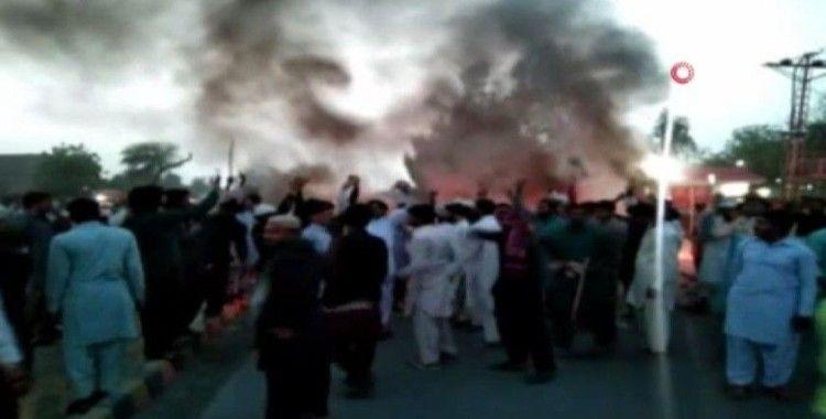 Pakistan'da Tahrik-i Lebbeyk Pakistan Partisi destekçileri sokağa indi, çıkan olaylarda 1 kişi öldü