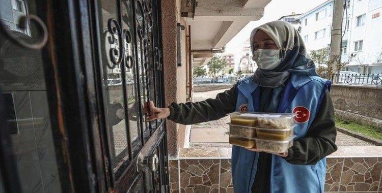 Türkiye Diyanet Vakfı ramazan boyunca ihtiyaç sahibi 20 bin kişiye iftarlık kumanya dağıtacak