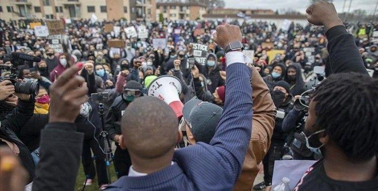 ABD'de Daunte Wright'ın ölümünü protesto eden 40 kişi gözaltına alındı