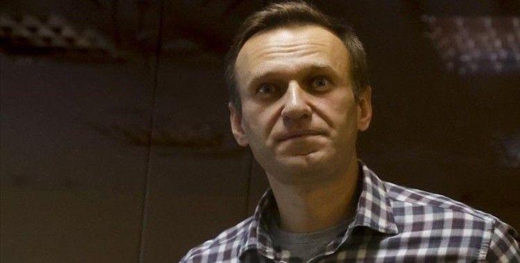 Rus muhalif Navalnıy, kendisine Kur'an-ı Kerim vermeyi reddeden hapishane yönetimini mahkemeye verdi